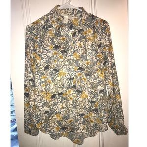 🌿2/10 Floral H&M Button up long Sleeve Blouse